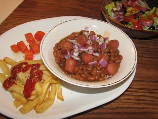 Click image for larger version  Name:Franks & Beans, Buttered Carrots.jpg Views:11 Size:65.1 KB ID:38909