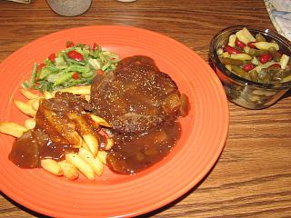 Click image for larger version  Name:Burger, Onion Gravy.jpg Views:18 Size:81.3 KB ID:39283