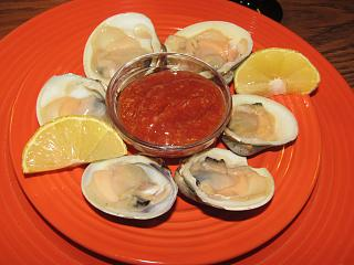 Click image for larger version  Name:Clams, Middle Neck.jpg Views:29 Size:54.0 KB ID:39446