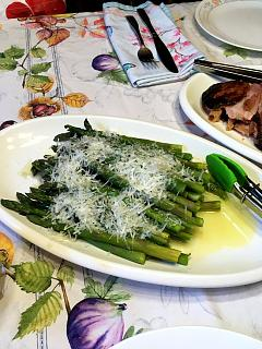 Click image for larger version  Name:asparagus_041220_IMG_6790.jpg Views:16 Size:55.8 KB ID:40351