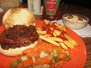Click image for larger version  Name:Sandwich, Pulled Pork BBQ.jpg Views:14 Size:72.3 KB ID:40671