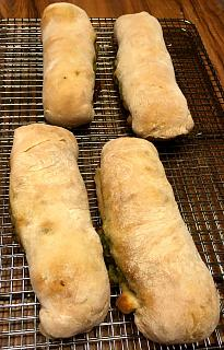 Click image for larger version  Name:sausage_bread_051920_1_IMG_6879.jpg Views:12 Size:50.5 KB ID:41071
