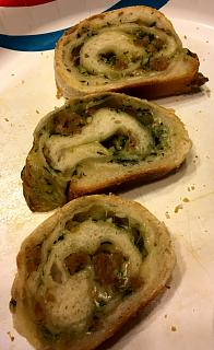 Click image for larger version  Name:sausage_bread_051920_2_IMG_6877.jpg Views:12 Size:34.3 KB ID:41072