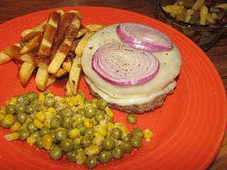 Click image for larger version  Name:Burger with Provolone & Red Onion.jpg Views:20 Size:66.6 KB ID:41265