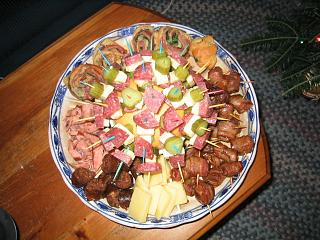 Click image for larger version  Name:Christmas 2003 appetizers.jpg Views:178 Size:148.2 KB ID:413