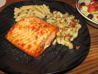 Click image for larger version  Name:Salmon Steak.jpg Views:9 Size:70.9 KB ID:42078