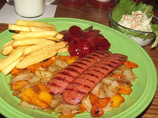 Click image for larger version  Name:Hot Digs & French Fries.jpg Views:20 Size:76.2 KB ID:44119