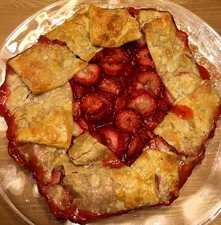 Click image for larger version  Name:strawberry_crostata_011521_3_IMG_7597.jpg Views:98 Size:67.9 KB ID:45023