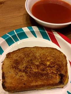 Click image for larger version  Name:grilled_cheese_tomato_soup_020121_IMG_7684.jpg Views:18 Size:40.6 KB ID:45365