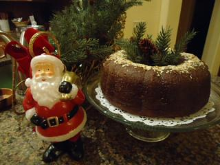 Click image for larger version  Name:kahlua cake.jpg Views:45 Size:114.1 KB ID:45790