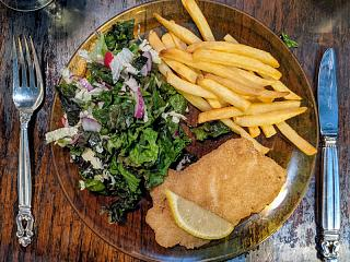Click image for larger version  Name:Breaded Hadock and salad, Linda's plate.jpg Views:20 Size:200.6 KB ID:47860