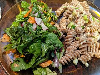 Click image for larger version  Name:Spelt carbanaroid and a salad with vinaigrette.jpg Views:13 Size:89.6 KB ID:48007