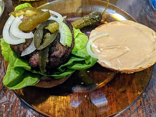 Click image for larger version  Name:Grlled Angus burger on a sesame seed kaiser bun.jpg Views:11 Size:150.5 KB ID:48575