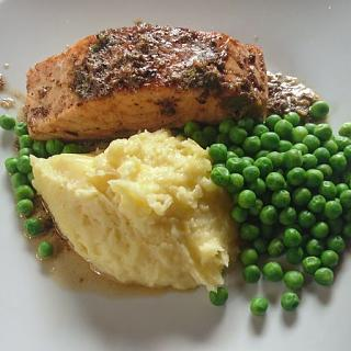 Click image for larger version  Name:Salmon with white wine & Caper butter.jpg Views:17 Size:43.6 KB ID:48636