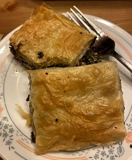 Click image for larger version  Name:spinach pie_090621_IMG_8588.jpg Views:37 Size:43.6 KB ID:48654