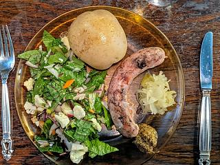 Click image for larger version  Name:Grilled white wine and shallot sausage, boiled new potato, and salad with vinaigrette, Stirling'.jpg Views:18 Size:205.9 KB ID:48745