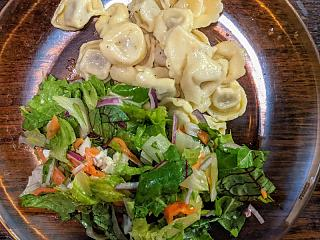 Click image for larger version  Name:Tortellini in an Alfredo sauce and salad with homemade vinaigrette, closer.jpg Views:19 Size:178.0 KB ID:48931