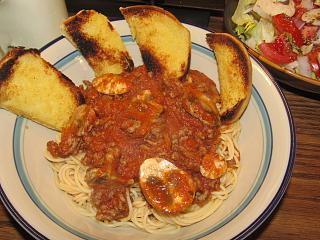 Click image for larger version  Name:Spaghetti , Meat & Mushroom sauce.jpg Views:24 Size:80.2 KB ID:49060