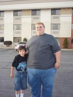 Click image for larger version  Name:Billy and James 3.jpg Views:136 Size:35.5 KB ID:5061