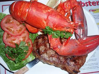 Click image for larger version  Name:Lobster 2.jpg Views:123 Size:97.3 KB ID:5386