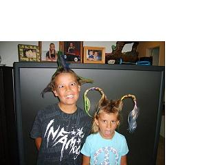 Click image for larger version  Name:Andrew and Hannah Hair 5.jpg Views:92 Size:30.6 KB ID:5564