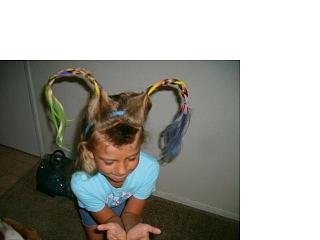 Click image for larger version  Name:Andrew and Hannah Hair 13.jpg Views:100 Size:22.2 KB ID:5571