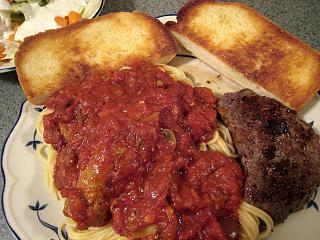 Click image for larger version  Name:steak and spaghetti 9-28.jpg Views:134 Size:108.5 KB ID:5609