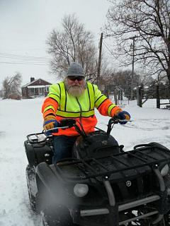 Click image for larger version  Name:Dad on quad.jpg Views:126 Size:47.3 KB ID:6490