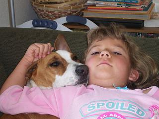 Click image for larger version  Name:Hannah, almost 7, and Roxy, March 2008.jpg Views:122 Size:58.8 KB ID:6586
