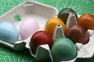 Click image for larger version  Name:VeggieDyed Eggs.jpg Views:175 Size:56.7 KB ID:8001