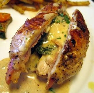Click image for larger version  Name:StuffedChicken.jpg Views:170 Size:35.5 KB ID:8210